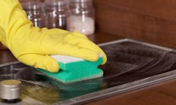 Cleaning glass-ceramic cooktop
