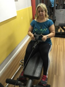 Marta remada horizontal e abdominal infra